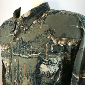 CLEARWATER OUTFITTERS BUTTON DOWN DEER SHIRT XXL